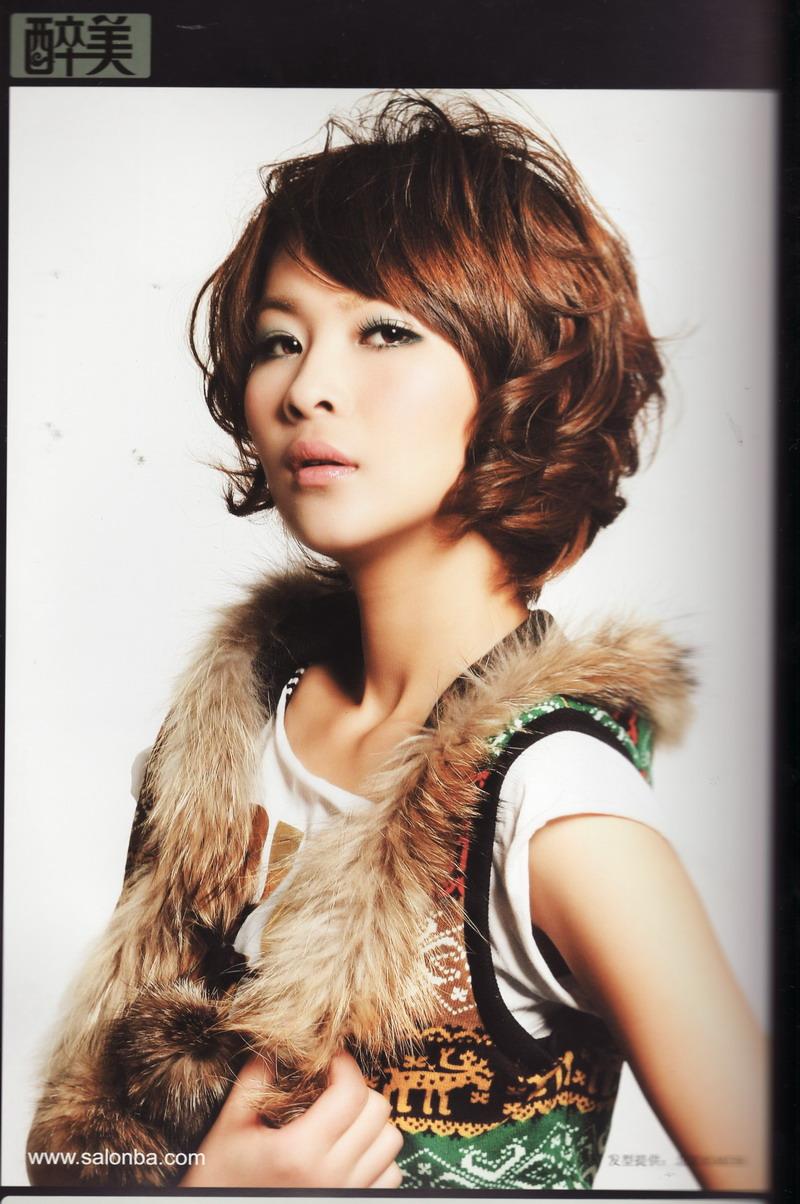 日式美发学校打造冬季流行烫发发型图片